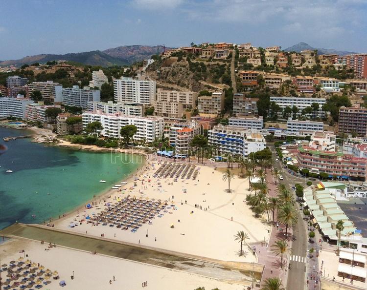 Santa Ponsa Strand Mallorca vom Helikopter